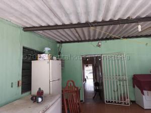 Casa En Ventaen Punto Fijo, Centro, Venezuela, VE RAH: 21-7867