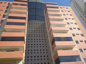 Apartamento En Ventaen Maracay, Andres Bello, Venezuela, VE RAH: 21-7898
