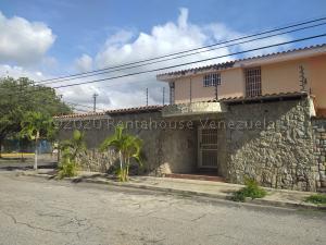 Casa En Ventaen Maracay, Andres Bello, Venezuela, VE RAH: 21-557