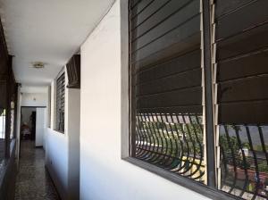 Oficina En Alquileren Maracay, La Cooperativa, Venezuela, VE RAH: 21-7943