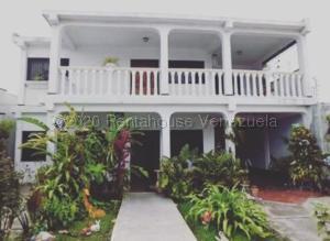 Casa En Ventaen Barquisimeto, Parroquia Juan De Villegas, Venezuela, VE RAH: 21-7949
