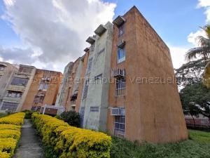 Apartamento En Ventaen Turmero, La Fuente, Venezuela, VE RAH: 21-7961