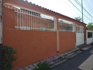 Casa En Ventaen Municipio Naguanagua, Caprenco, Venezuela, VE RAH: 21-8000