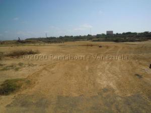 Terreno En Ventaen Punto Fijo, El Cardon, Venezuela, VE RAH: 21-8013