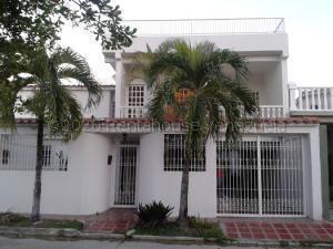 Casa En Ventaen Cua, Las Brisas, Venezuela, VE RAH: 21-8318