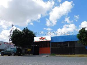 Local Comercial En Ventaen Barquisimeto, Centro, Venezuela, VE RAH: 21-8041