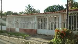 Casa En Ventaen Turmero, Los Overos, Venezuela, VE RAH: 21-8058