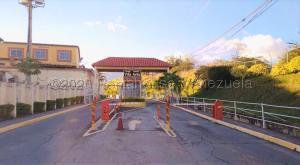 Casa En Ventaen Guatire, El Ingenio, Venezuela, VE RAH: 21-8062
