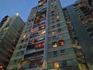 Apartamento En Ventaen Caracas, El Paraiso, Venezuela, VE RAH: 21-8067