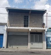 Local Comercial En Alquileren Maracay, Girardot, Venezuela, VE RAH: 21-8074