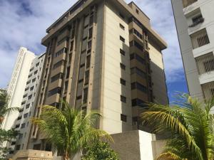 Apartamento En Ventaen Parroquia Caraballeda, Tanaguarena, Venezuela, VE RAH: 21-8080