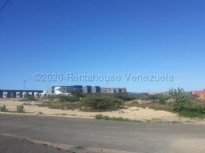 Terreno En Ventaen Punto Fijo, Las Adjuntas, Venezuela, VE RAH: 21-8109