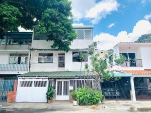 Casa En Ventaen Caracas, La California Sur, Venezuela, VE RAH: 21-8138