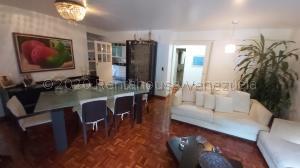 Apartamento En Ventaen Caracas, Las Esmeraldas, Venezuela, VE RAH: 21-8182