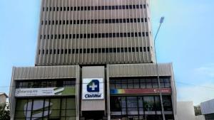 Local Comercial En Alquileren Maracaibo, Avenida Bella Vista, Venezuela, VE RAH: 21-8231