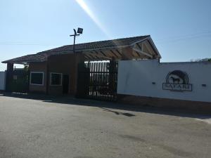 Terreno En Ventaen Municipio Libertador, Safari Ranch, Venezuela, VE RAH: 21-8252