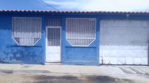 Casa En Ventaen Barquisimeto, Parroquia El Cuji, Venezuela, VE RAH: 21-8258