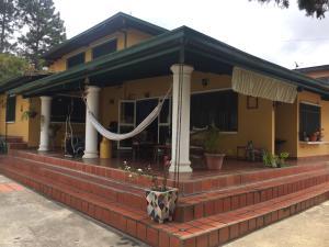 Casa En Ventaen Caracas, Turumo, Venezuela, VE RAH: 21-8263