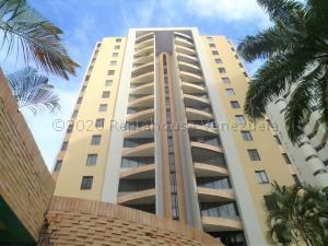 Apartamento En Ventaen Valencia, El Bosque, Venezuela, VE RAH: 21-8279