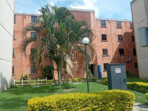 Apartamento En Alquileren Municipio San Diego, Monteserino, Venezuela, VE RAH: 21-8924