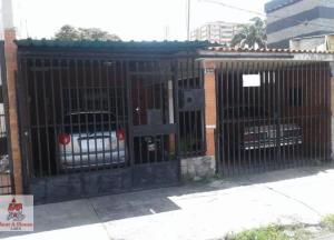 Casa En Ventaen Barquisimeto, Centro, Venezuela, VE RAH: 21-8303