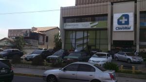 Local Comercial En Ventaen Maracaibo, Avenida Bella Vista, Venezuela, VE RAH: 21-8307