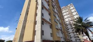 Apartamento En Ventaen Barquisimeto, Parroquia Concepcion, Venezuela, VE RAH: 21-8313