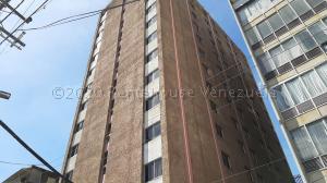 Local Comercial En Ventaen Valencia, Centro, Venezuela, VE RAH: 21-8437