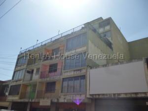 Apartamento En Ventaen Barquisimeto, Centro, Venezuela, VE RAH: 21-8336