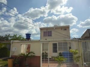 Casa En Ventaen Cabudare, Parroquia José Gregorio, Venezuela, VE RAH: 21-8340