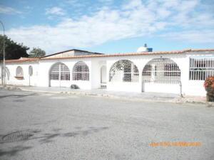 Casa En Ventaen Turmero, Los Overos, Venezuela, VE RAH: 21-8366