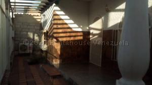 Casa En Ventaen Barquisimeto, Parroquia Union, Venezuela, VE RAH: 21-8368