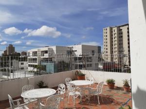 Apartamento En Alquileren Maracaibo, Bellas Artes, Venezuela, VE RAH: 21-8396