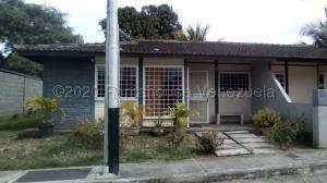 Casa En Ventaen Sarare, Simon Planas, Venezuela, VE RAH: 21-8383