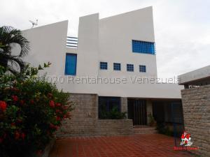 Casa En Ventaen Maracay, San Jacinto, Venezuela, VE RAH: 21-8405