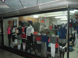 Local Comercial En Ventaen Caracas, El Cafetal, Venezuela, VE RAH: 21-8444