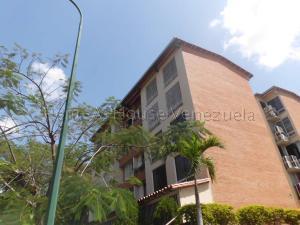Apartamento En Ventaen Guatire, Sector San Pedro, Venezuela, VE RAH: 21-8446