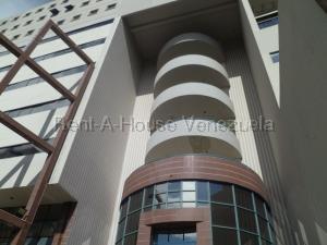 Local Comercial En Alquileren Valencia, El Parral, Venezuela, VE RAH: 21-8464