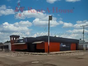 Local Comercial En Ventaen Punto Fijo, Caja De Agua, Venezuela, VE RAH: 21-6615