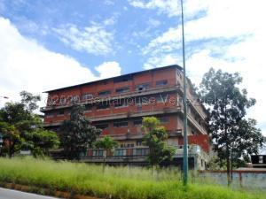 Local Comercial En Ventaen Caracas, La Yaguara, Venezuela, VE RAH: 21-8486
