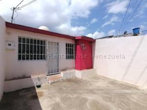 Casa En Ventaen Cabudare, La Puerta, Venezuela, VE RAH: 21-8491