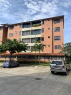 Apartamento En Ventaen Guatire, Sector San Pedro, Venezuela, VE RAH: 21-8492