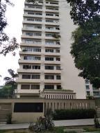 Apartamento En Ventaen Caracas, Campo Alegre, Venezuela, VE RAH: 21-8495