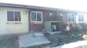 Casa En Alquileren Cabudare, Centro, Venezuela, VE RAH: 21-9472
