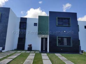 Casa En Ventaen Cabudare, Parroquia José Gregorio, Venezuela, VE RAH: 21-8500