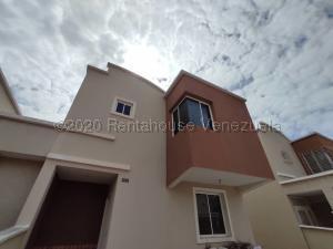 Casa En Ventaen Barquisimeto, Ciudad Roca, Venezuela, VE RAH: 21-8509