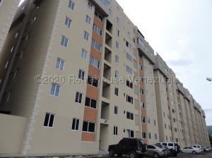 Apartamento En Ventaen Municipio Naguanagua, Casco Central, Venezuela, VE RAH: 21-8511