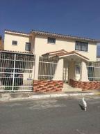 Casa En Ventaen La Victoria, La Mora I, Venezuela, VE RAH: 21-8514
