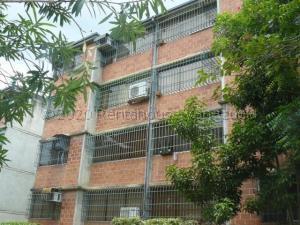 Apartamento En Ventaen Guarenas, Nueva Casarapa, Venezuela, VE RAH: 21-8527