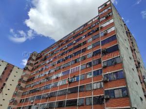Apartamento En Ventaen Municipio Naguanagua, El Guayabal, Venezuela, VE RAH: 21-8542